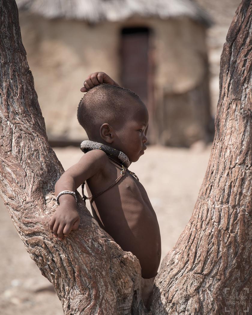 Besök i himbabyn, grootberg, Namibia, himba