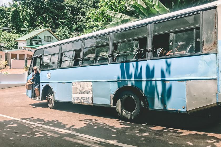 Resa till Seychellerna, åk lokalbuss på seychellerna