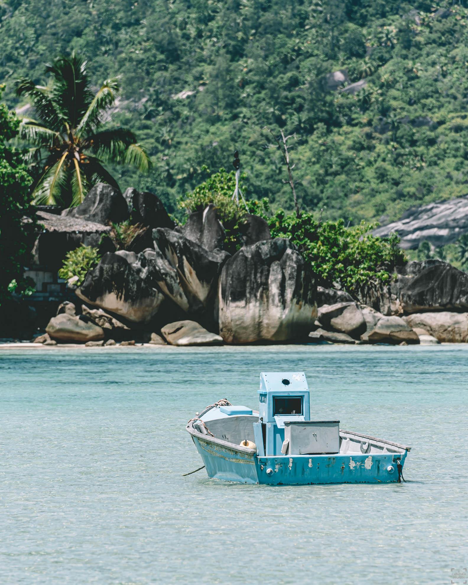 i hyrbil runt seychellerna, mahe runt med hyrbil