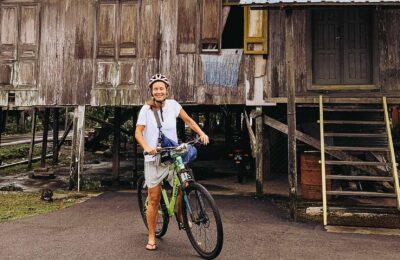 Cykel genom Kuching, Reseblogg, Paradesa Borneo