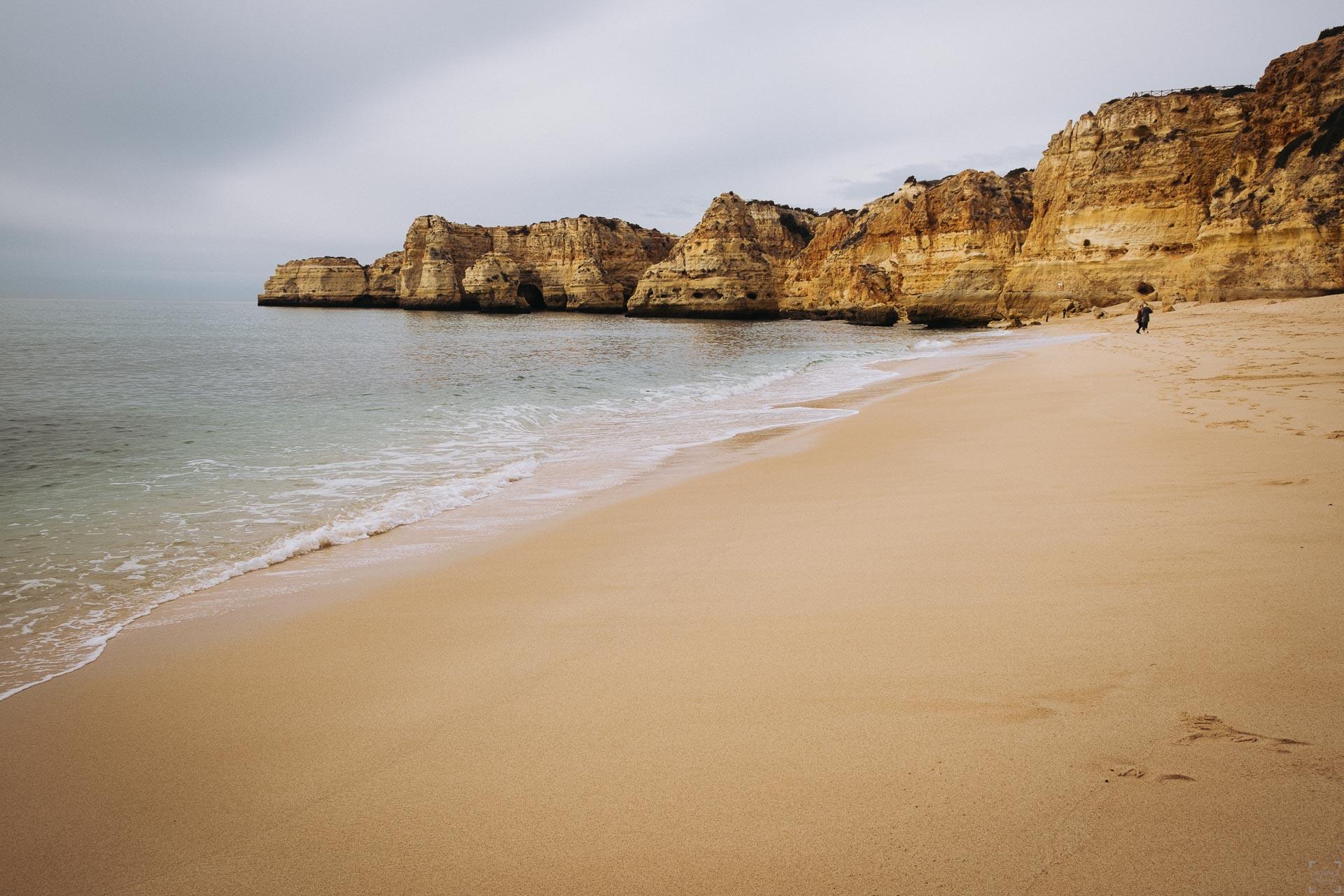 Seven Hanging Valleys, Praia da Marinha